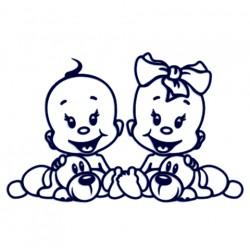 Děti v autě- Nálepka na auto se jmény dětí- mimi dvojčata- kluk a holka s pejskem