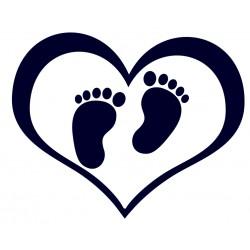 Samolepka na auto - dětské stopy v srdci
